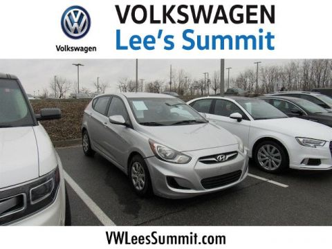 Pre-Owned 2014 Hyundai Accent