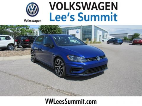 New 2018 Volkswagen Golf R 2.0T w/DCC & Navigation